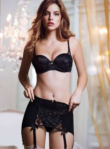 Barbara Palvin  Victoria's Secret Lingerie -  Ottobre 2013_FV001