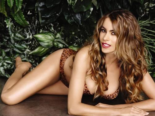 Sofia Vergara in Bikini per Kmart Swimwear 2014_FV001