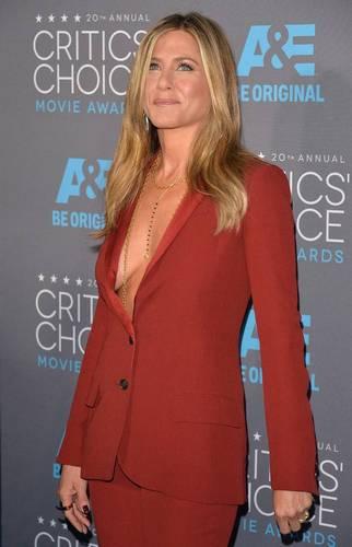 Jennifer Aniston | Mega Scollatura at Critics' Choice Movie Awards
