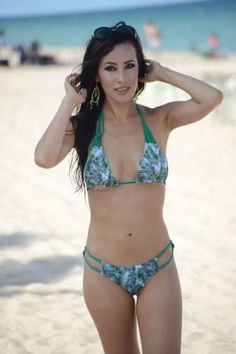 Lisa Opie in Bikini a Miami