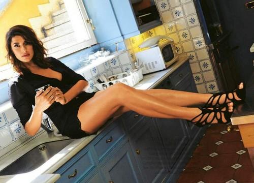 Elisa Isoardi Sexy su Gente - Maggio 2016