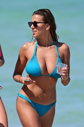Devin Brugman in Bikini : Paparazzata a Miami
