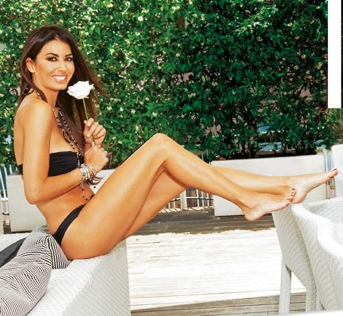 Elisabetta Gregoraci in Bikini : Servizio Fotografico su Gente del 6 Settembre 2016