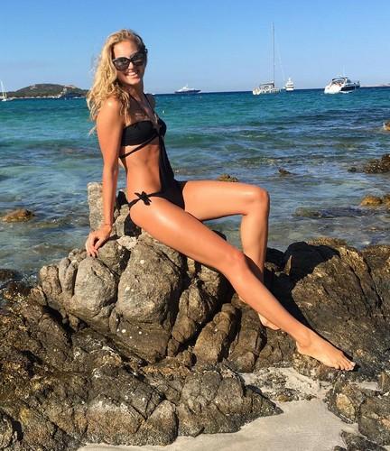 Irene Cioni in Bikini in Sardegna 08/08/2016