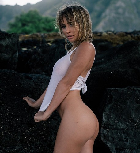 Sara Jean Underwood in Topless e Nuda - Instagram Photoshoot