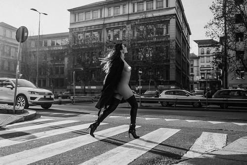 Dayane Mello Nuda e Sexy : Photoshoot a Milano
