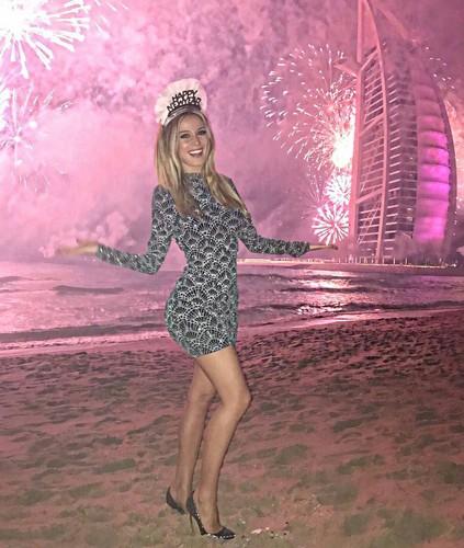 Diletta Leotta in Minigonna: Capodanno a Dubai, 31 dicembre 2016