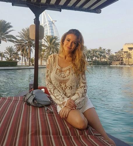 Diletta Leotta in Mini Abito a Dubai, 02 gennaio 2017