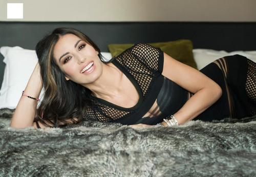 Elisabetta Gregoraci : Sexy Servizio Fotografico su Oggi, 19 Gennaio 2017