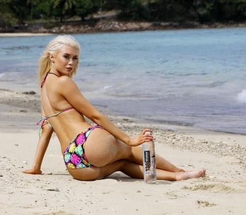 Isabel Ljungdell : 138 Water Bikini Photoshoot in Thailandia, 15 gennaio 2017