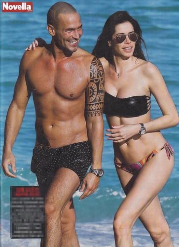 Aida Yespica in bikini : Paparazzata a Miami da Novella - Febbraio 2017