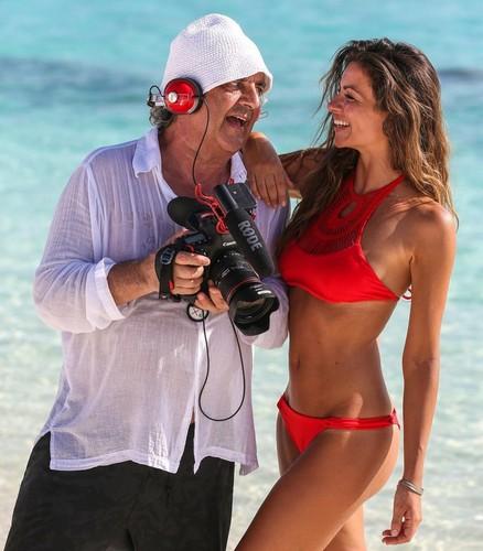 Alessia Ventura in bikini alle Maldive