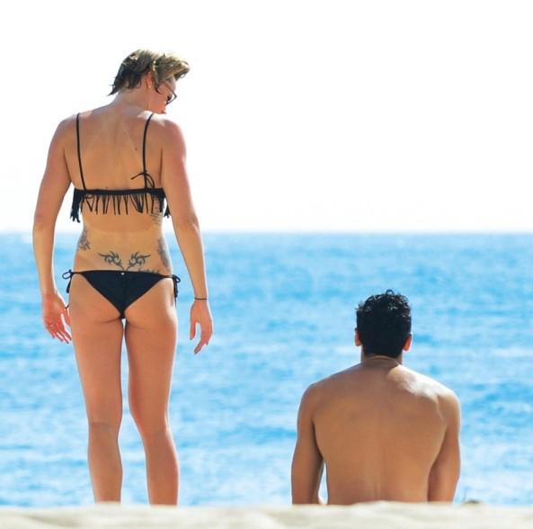 Federica Pellegrini in bikini: Paparazzata in Florida da Chi