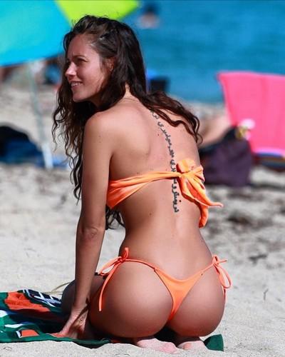 Gracia de Torres : Lato B Scolpito in bikini a Miami