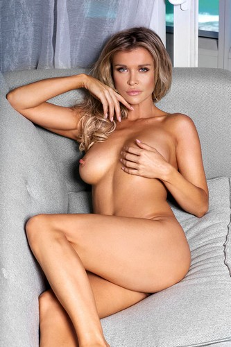Joanna Krupa nuda in Body Blendz photoshoot