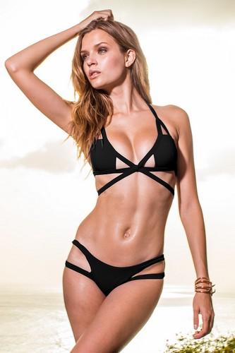 Josephine Skriver in bikini per Sauvage Swimwear 2017