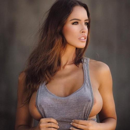 Lucia Javorcekova : Sexy servizio fotografico