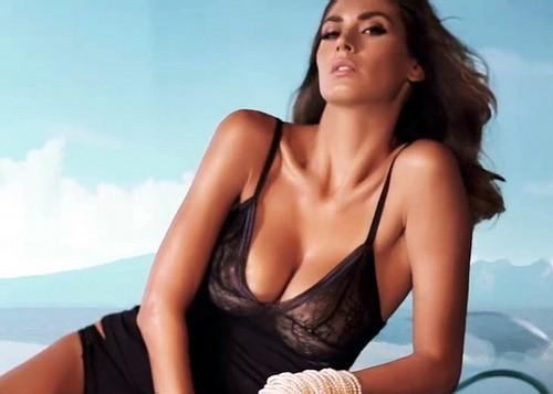 Melissa Satta in lingerie : Rosso Porpora Promo 2017