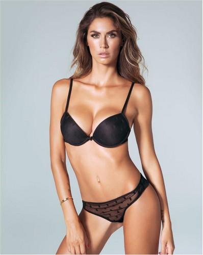 Melissa Satta in lingerie per Rosso Porpora Class