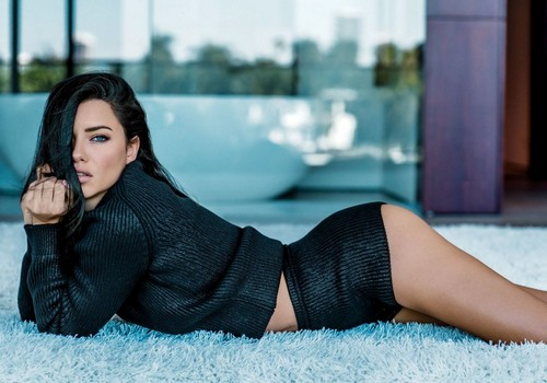 Adriana Lima : Sexy su Ocean Drive Magazine, Marzo 2017