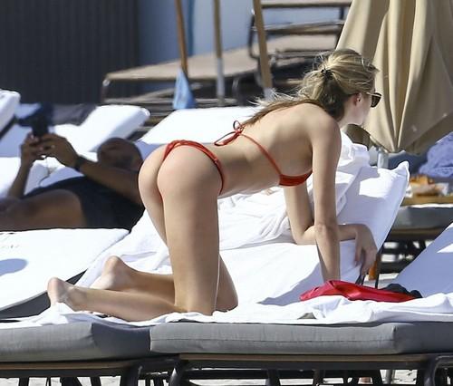 Ashlen Alexandra in Bikini : Paparazzata a Miami, 22 marzo 2017