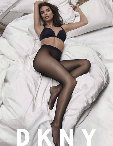 Emily Ratajkowski in Lingerie : DKNY Photoshoot Marzo 2017 - ADDS