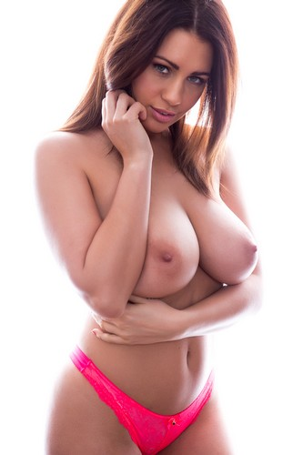 Holly Peers in Topless: Page 3 Photoshoot - 15 marzo 2017