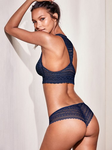 Lais Ribeiro in lingerie : Victoria's Secret photoshoot - Marzo 2017