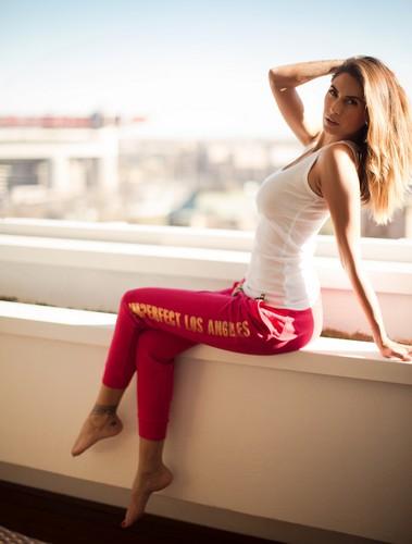 Melissa Satta : Sexy Photoshoot