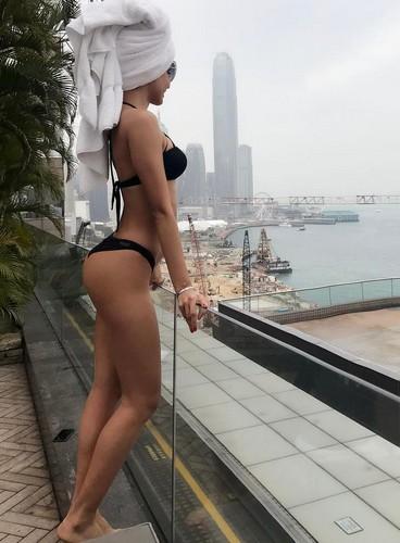 Patricia Contreras in Bikini a Hong Kong, 23 marzo 2017