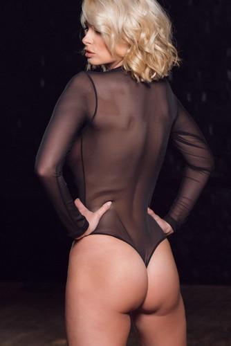 Rhian Sugden : Topless Lato B e Trasparenze. Page 3 Photoshoot- 8 marzo 2017