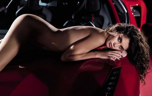 Sara Sampaio Completamente Nuda su GQ - Marzo 2017