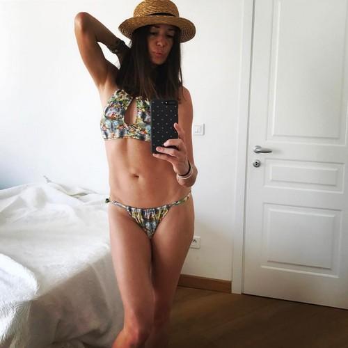 Alessia Fabiani in Bikini a Nizza