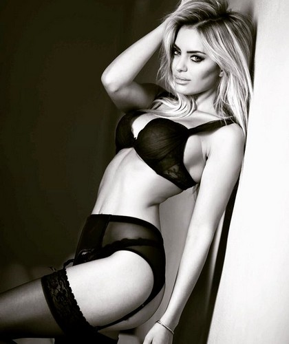 Elena Morali in Lingerie Nera : Sexy Photoshoot by Sirio Serughetti