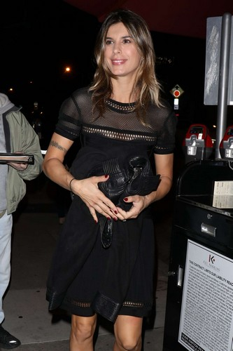 Elisabetta Canalis in Mini Abito Scollato a Hollywood
