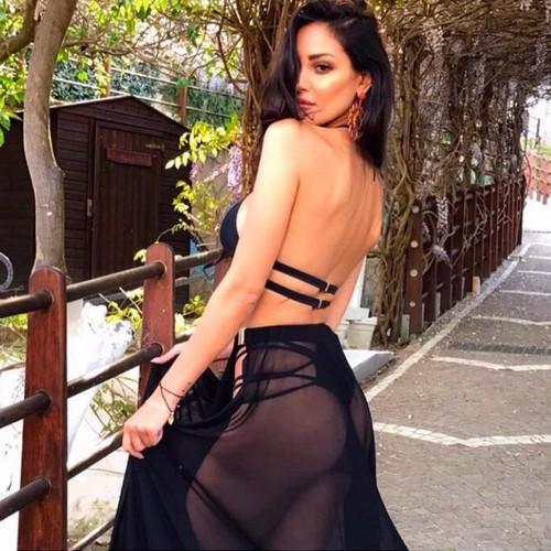 Maria Teresa Buccino : Che Lato B in AbitoTrasparente e Bikini dal Backstage !