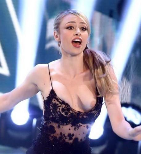 Martina Stella : Topless Involontario - Oops a Ballando con le Stelle