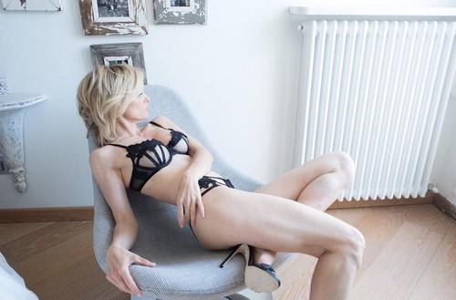 Justine Mattera in Lingerie : Nuovo Sexy Servizio Fotografico - 08 maggio 2017