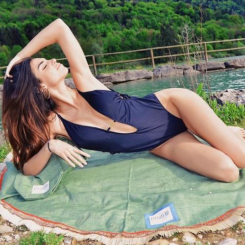 Nicole Mazzocato in Sexy Swimsuit : Servizio Fotografico Sconosciuto