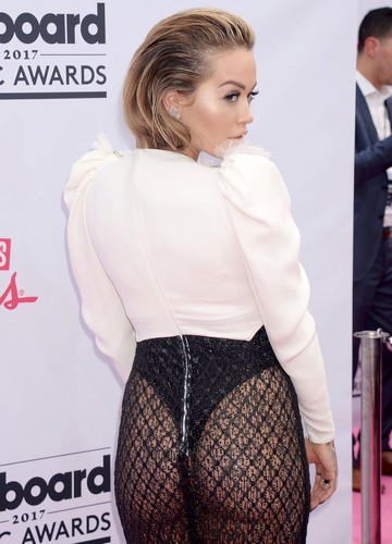 Rita Ora : Trasparenze e Lato B da Urlo ai Billboard Music Awards - 21 maggio 2017