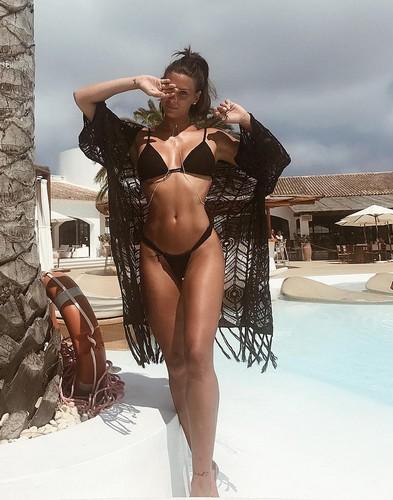 Giulia Calcaterra in Bikini a Ibiza - 19 giugno 2017