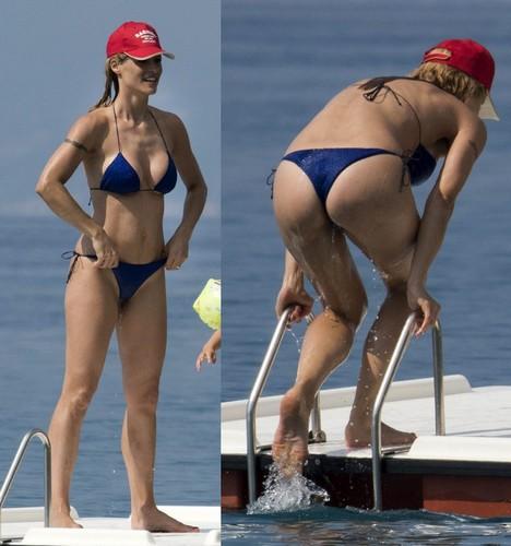 Michelle Hunziker : Lato B e Fisico da Favola in Bikini Paparazzata a Varigotti - 24 giugno 2017