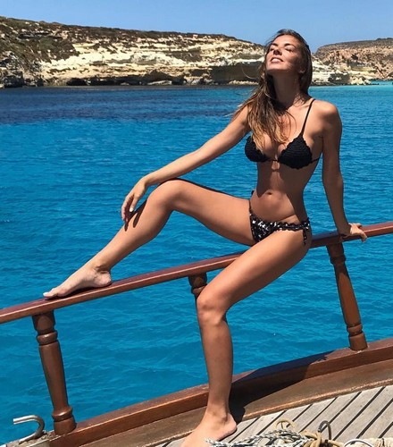 Alessia Reato Ancora in Bikini a Lampedusa - 03 luglio 2017