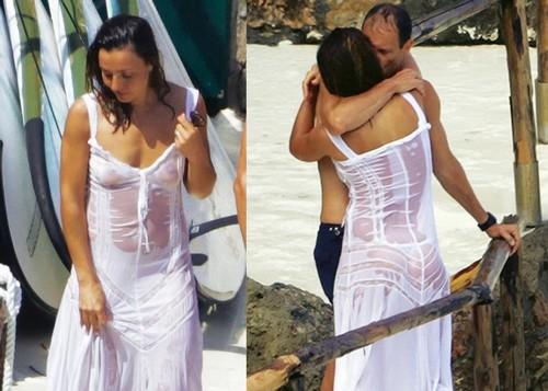 Ambra Angiolini Praticamente Nuda : Trasparenze Mozzafiato Paparazzata a Porto Ercole da Chi - Luglio 2017