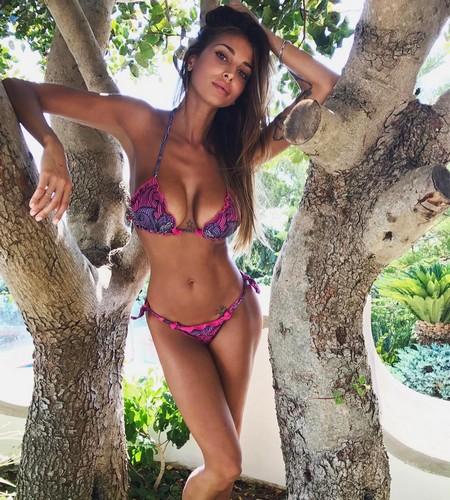 Cristina Buccino in Bikini a Capri - 16 luglio 2017
