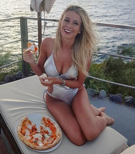 Diletta Leotta in Bikini alle Eolie - 17 luglio 2017