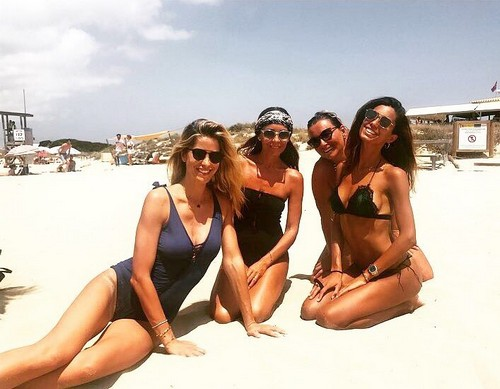 Federica Nargi e Elena Santarelli in Bikini a Formentera - 13 luglio 2017