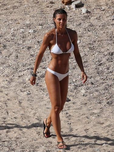Martina Colombari in Bikini Paparazzata a Ibiza - 08 luglio 2017