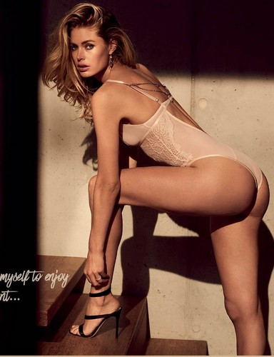 Doutzen Kroes : Lato B spaziale in lingerie - Doutzen Stories by Hunkemoller photoshoot