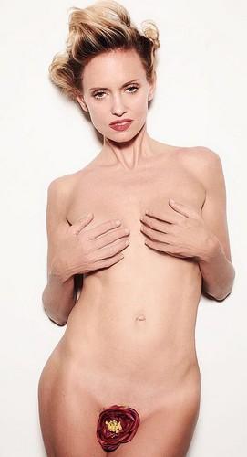 Justine Mattera completamente nuda : Nuovi scatti by Mario Gramegna